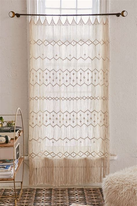 1001 + projects to achieve a perfect macrame wall hanging