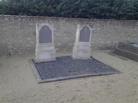 Réhabilitation d'une tombe ancienne - Blog - Tombe