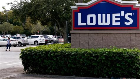 Lowe's to acquire Houston's Maintenance Supply