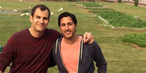 Maulik Pancholy Engaged: '30 Rock' Actor Tweets Photo With