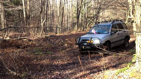 Chevy Tracker Offroad, 5spd, 2